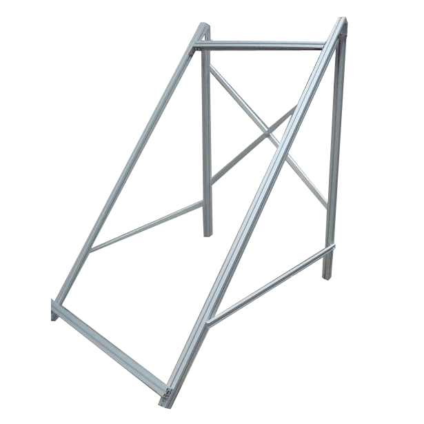Vertically mounted bracket for flat plate collector